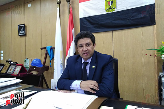 الدكتور سيد دعدور رئيس جامعة دمياط (3)