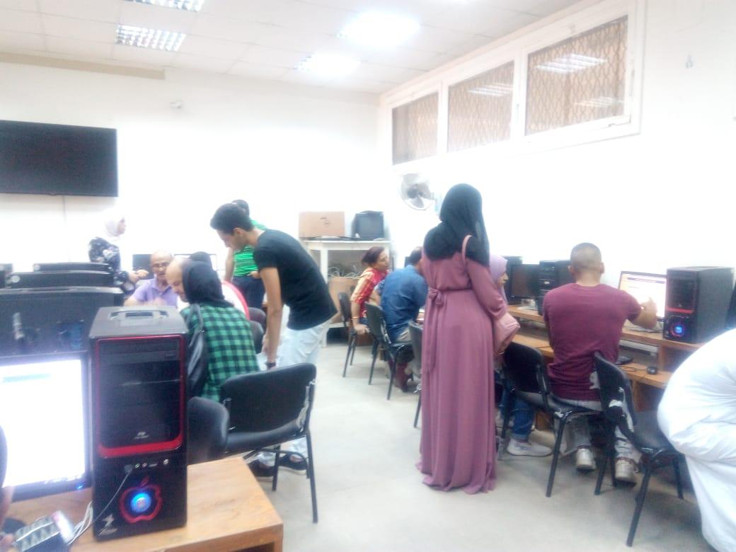 جامعة عين شمس تواصل استقبال طلاب المرحلة الثالثة للتنسيق (5)