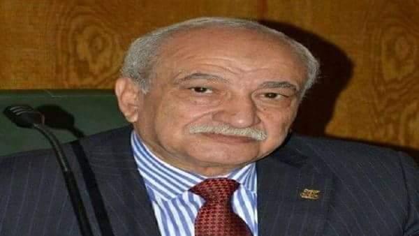 الدكتور طايع عبد اللطيف