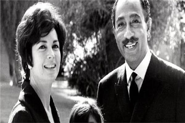 كيف دافعت جيهان السادات عن حقوق المرأة المصرية ؟ (2)