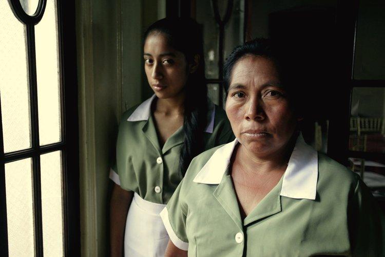 فيلم المرأة الباكية (1)