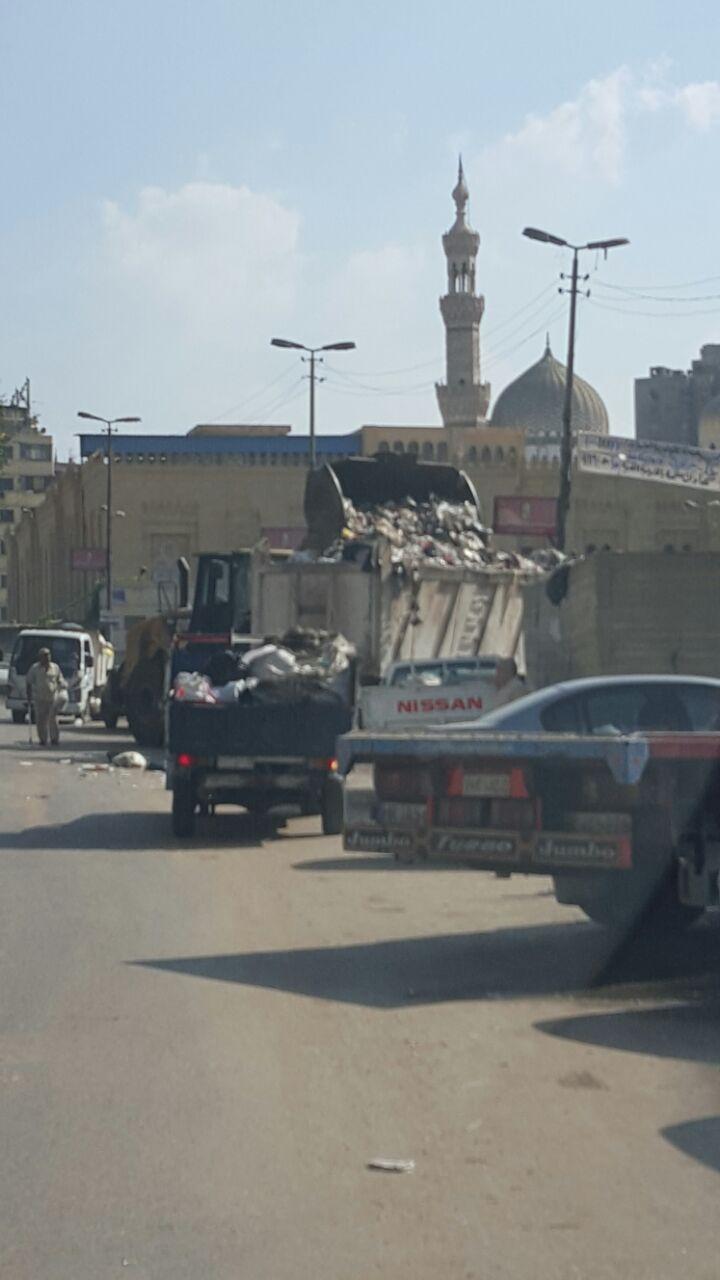 مقلب قمامة بجوار مسجد السيدة زينب (2)