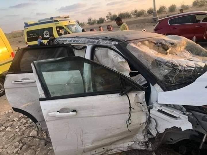 إصابة عمرو زكي نجم الكرة السابق في حادث سيارة بالساحل الشمالي (2)