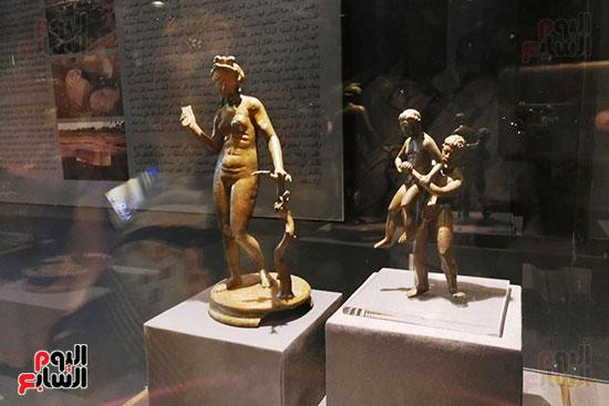 تماثيل-يونانية