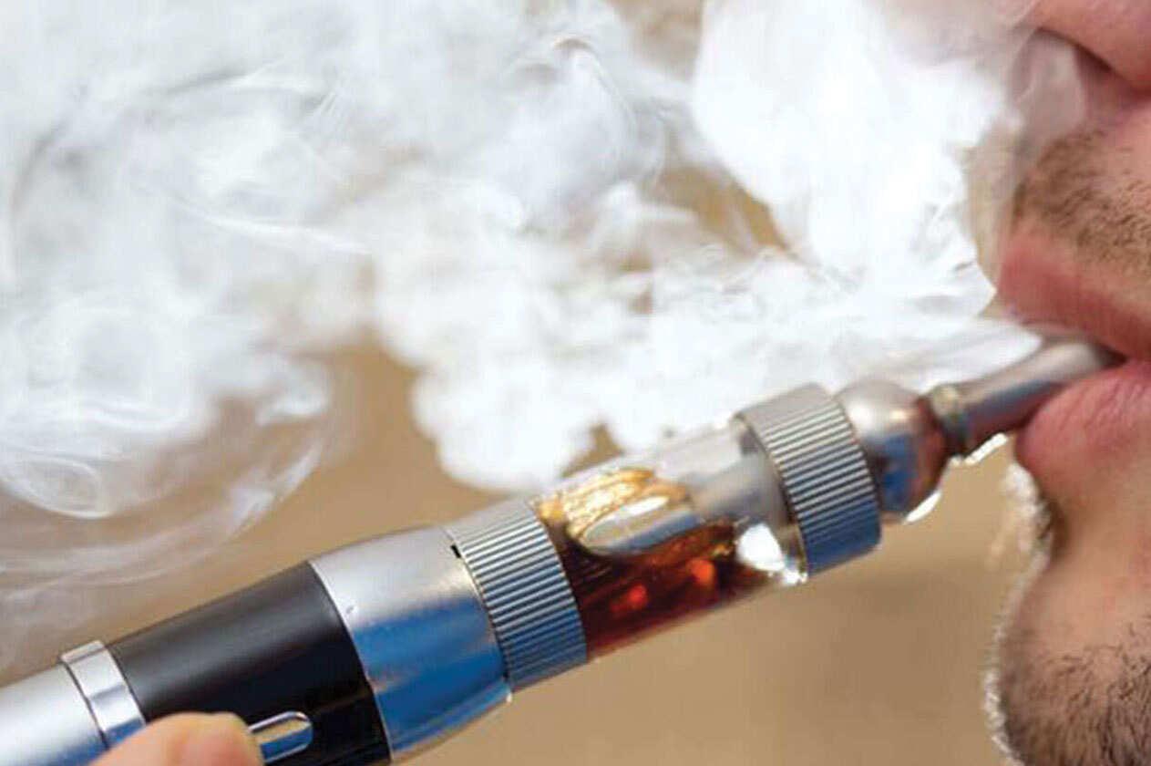 امخاطر السجائر الالكترونية