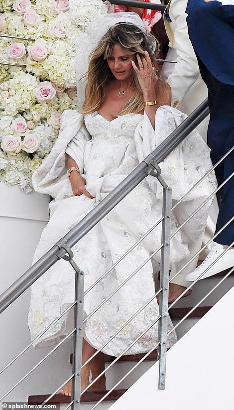 من حفل زفاف هيدي كلوم و كوليتز (2)