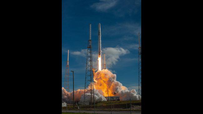 فالكون 9 SpaceX