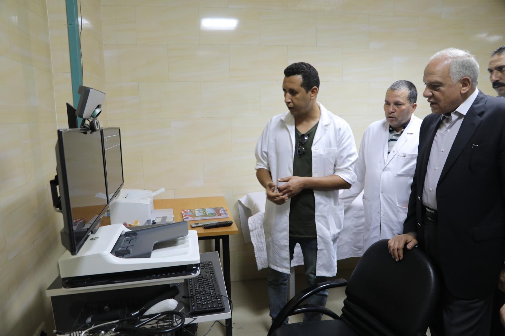 محافظ الجيزة يتفقد المستشفى المركزى بالصف واطفيح