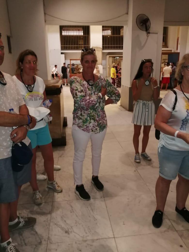 أجهزة إرشاد صوتى للزوار فى المتحف المصرى بالتحرير (5)