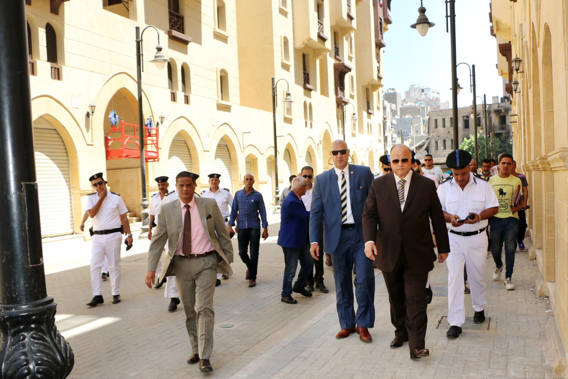 محافظ القاهرة يتفقد مشروع روضة السيدة  (2)