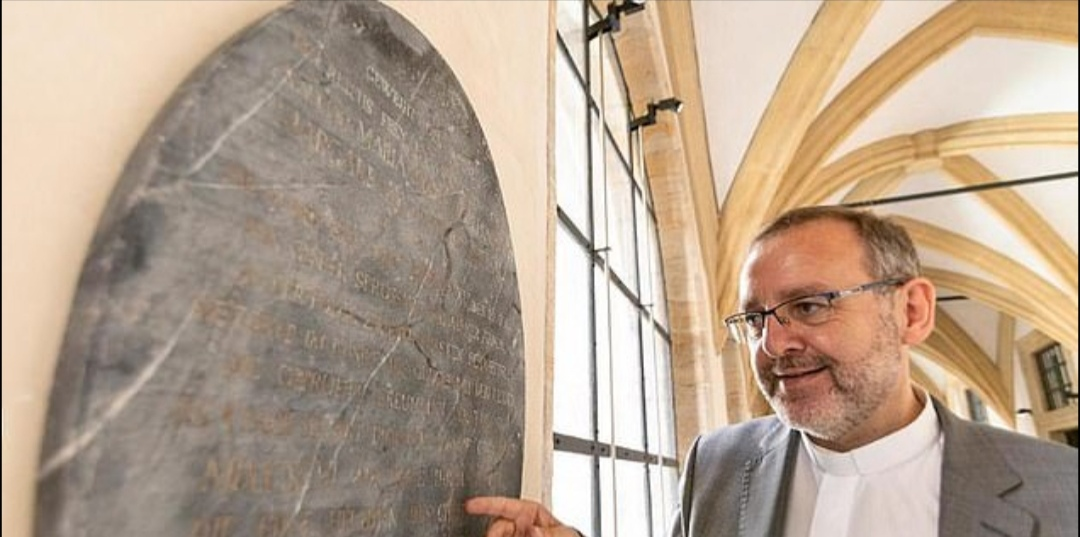 العثور على قبر سنو وايت الحقيقية (1)