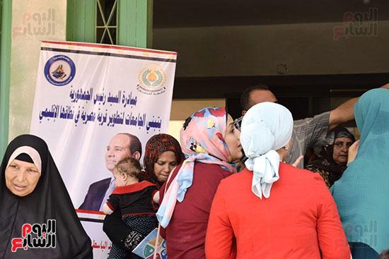 حياة-كريمة-تتواصل-لدعم-الفقراء-والقري-الأكثر-إحتياجاً-بمحافظات-مصر-(18)