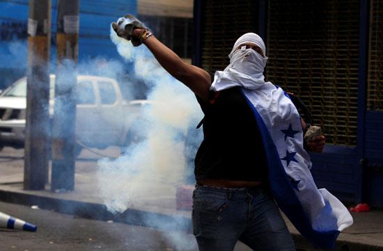 تظاهرات فى هندوراس (8)