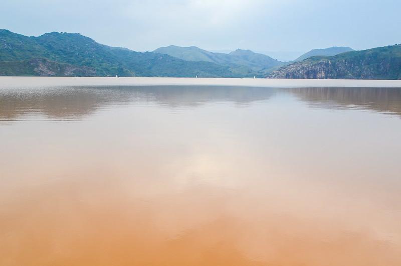 بحيرة نيوس_1