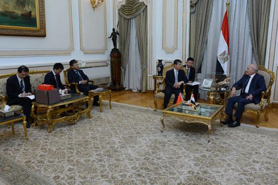وزير الدولة للإنتاج الحربى يستقبل سفير الصين الجديد بالقاهرة (3)