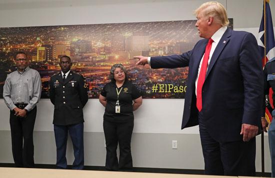 الرئيس-ترامب-يتحدث-خلالا-زيارته-للمدينتين-اللاتى-شهدا-اطلاق-نار-جماعى