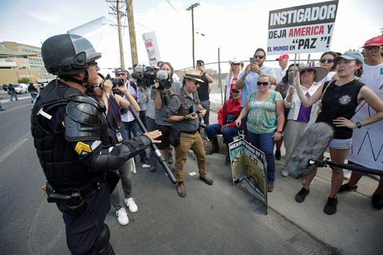 مظاهرات-ضد-زيارة-ترامب-للمدينة