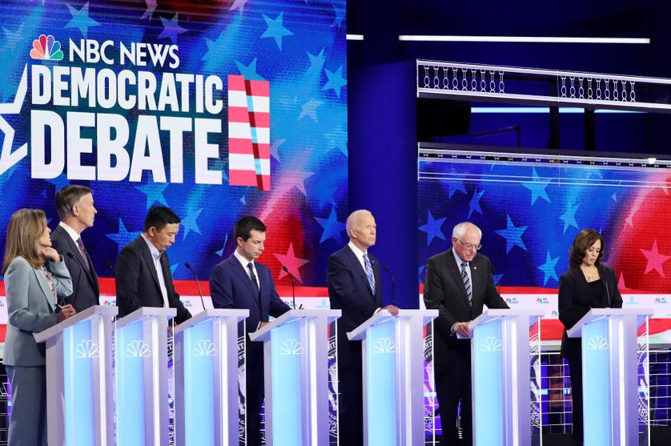 الحزب الديمقراطى بدأ رحلة البحث عن منافس ترامب فى الانتخابات
