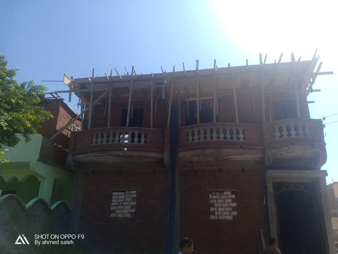 ايقاف اعمال بناء 3 عقارات مخالفة  (2)