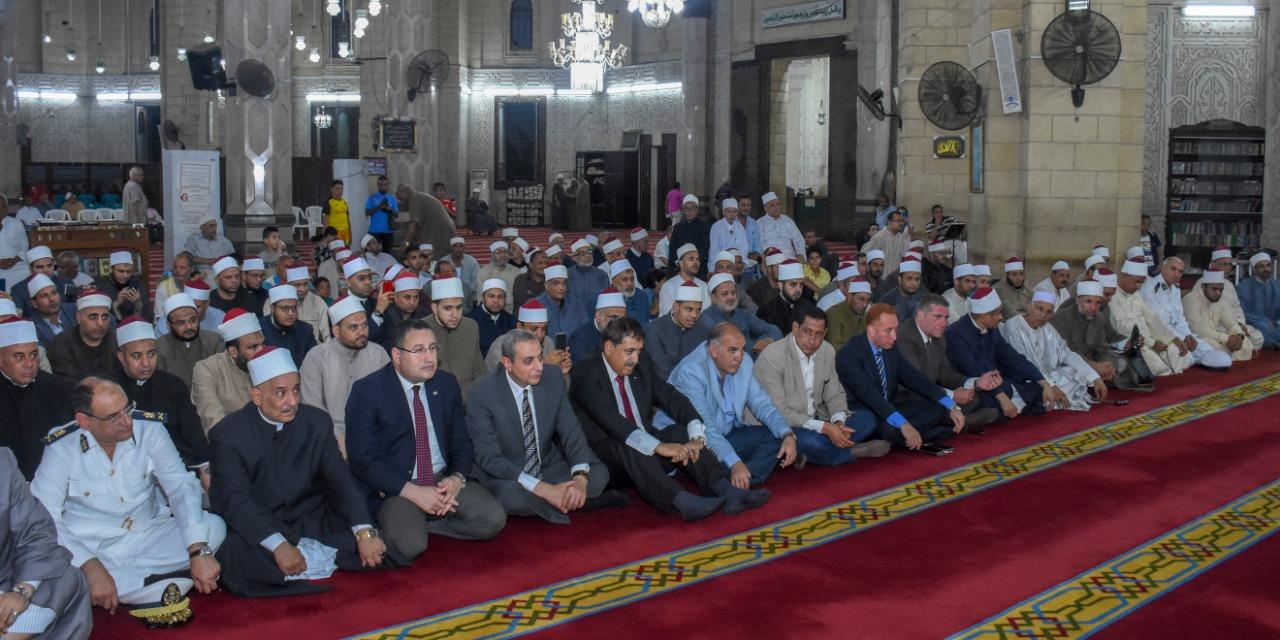 محافظ الإسكندرية يشارك في إحتفالية الأوقاف (1)