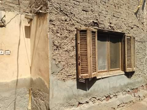 منزل السيدة نعمة المتهالك (6)
