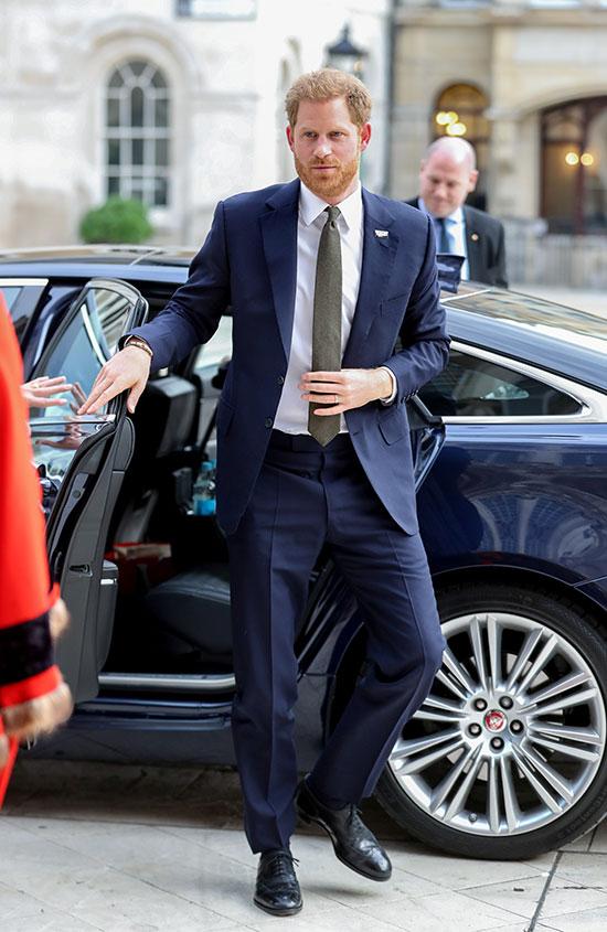 الأمير البريطانى لحظة وصوله