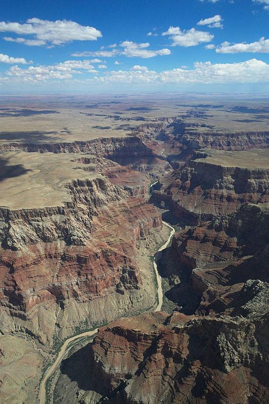 مناظر خلابة لجراند كانيون في أريزونا الأمريكية (1)