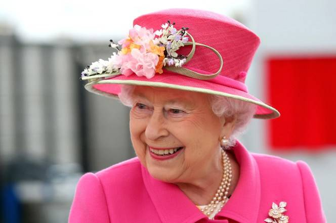 الملكة اليزيبث