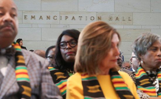 رئيسة-مجلس-النواب-الأمريكى-خلال-مشاركتها-بالاحتفالية