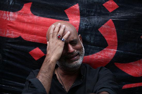 شيعى يبكى الحسين باليونان