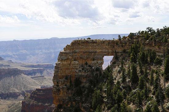 مناظر خلابة لجراند كانيون في أريزونا الأمريكية (7)