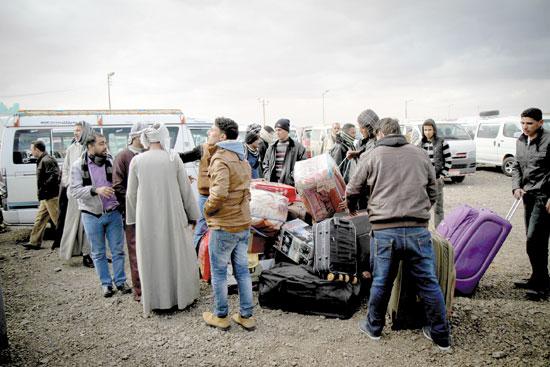 هجرة-غير-شرعية-تصوير-كريم-عبد-العزيز