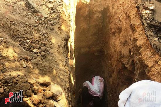 المعبد-الأثرى-المعثور-عليه-بقرية-كوم-أشقاو-(12)