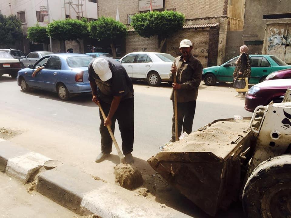 جانب من حملة النظافة بنطاق مدارس المنصورة (7)
