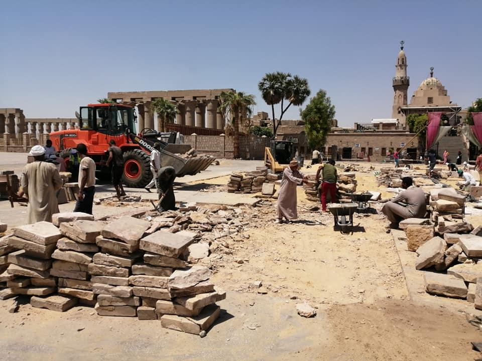 رئيس مدينة الأقصر يعلن تفاصيل تطوير ميدان أبوالحجاج الأقصري (2)