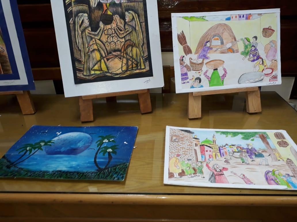 وكيل تعليم الفيوم يتفقد معرض مدرسة أبو كساة الفنية (1)