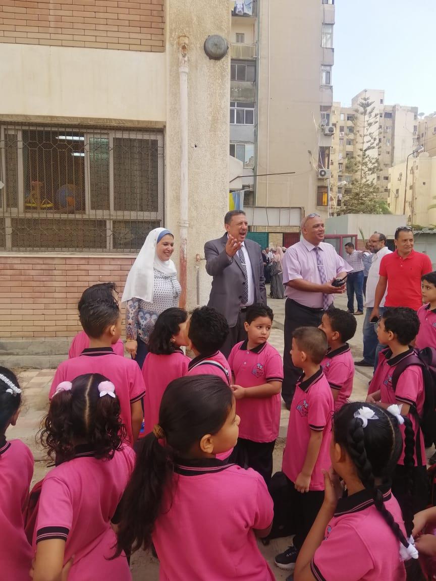 جولة وكيل تعليم الإسكندرية داخل المدارس (3)