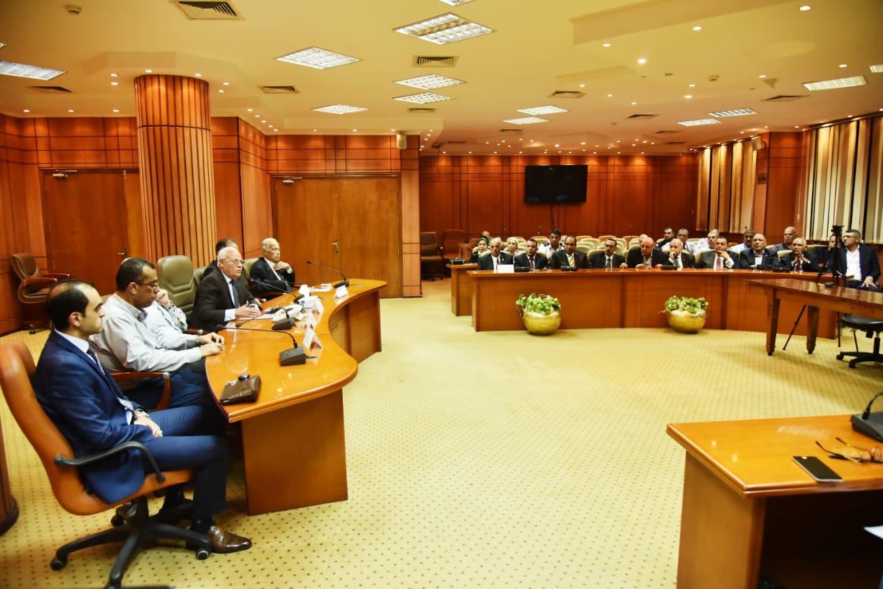 محافظ بورسعيد وأعضاء حزب الوفد (1)