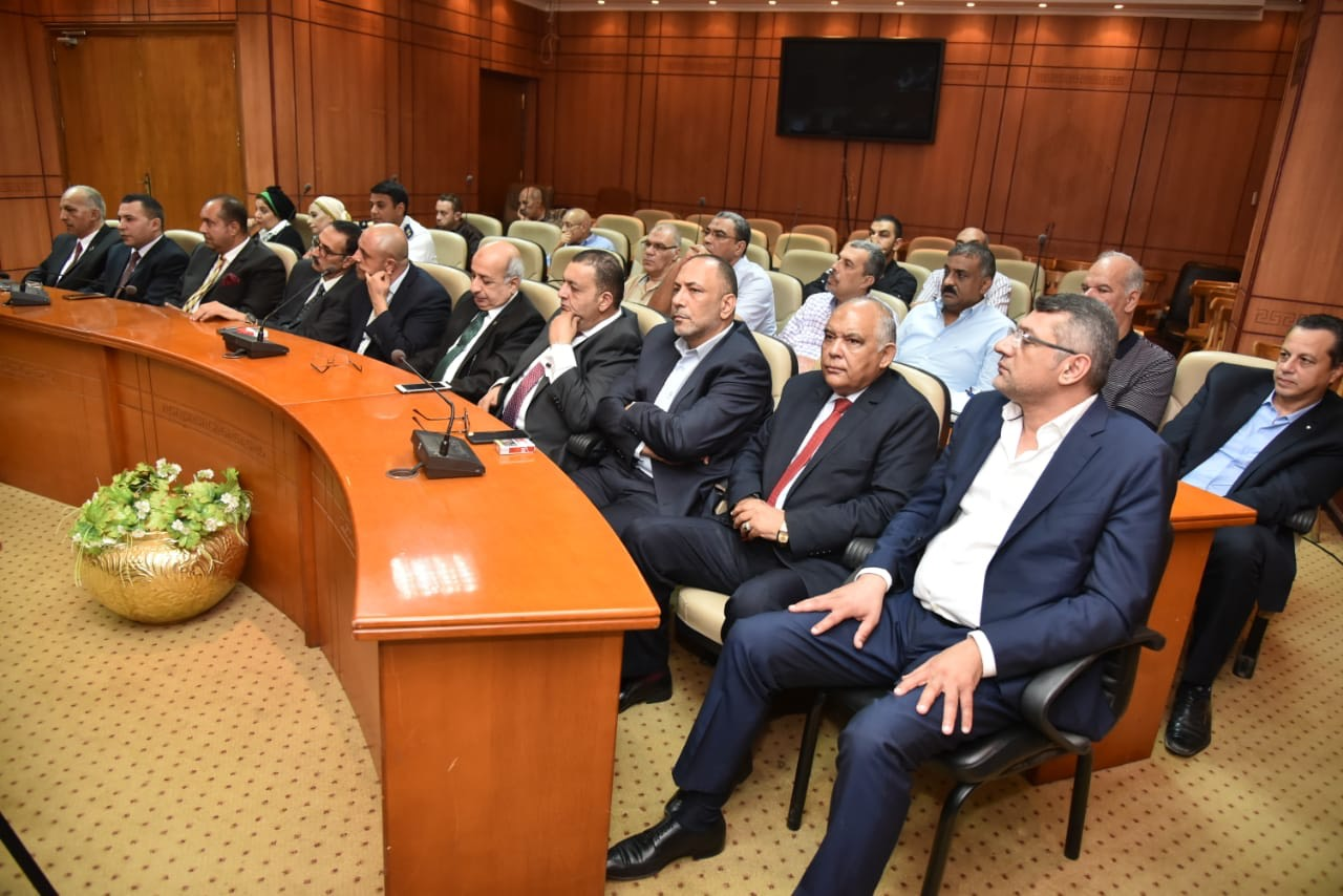 محافظ بورسعيد وأعضاء حزب الوفد (3)