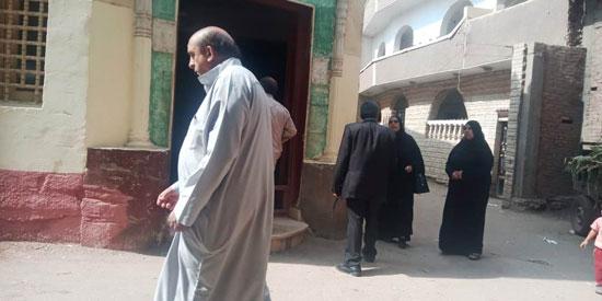 تشييع جثمان العالم المصرى أبو بكر عبد المنعم (6)