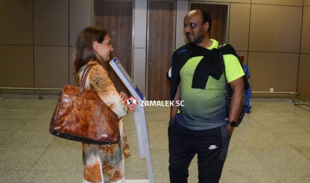 اسماعيل يوسف مع السفيرة المصرية بالسنغال