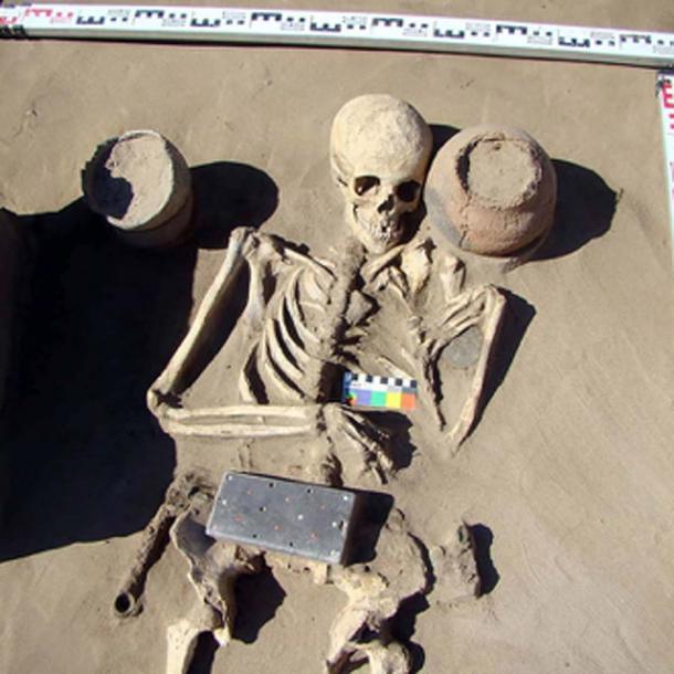 Burial-AT