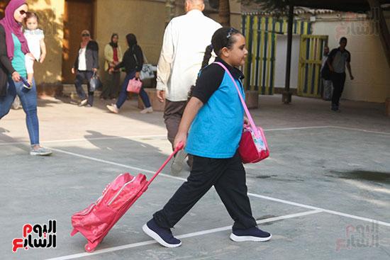 توافد التلاميذ على المدارس (2)
