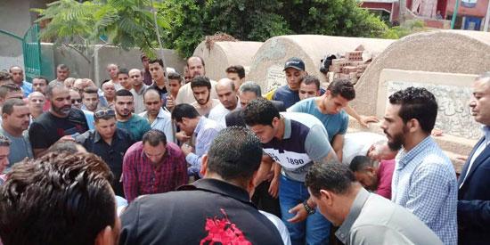 تشييع جثمان العالم المصرى أبو بكر عبد المنعم (14)