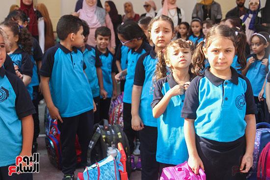 توافد التلاميذ على المدارس (12)