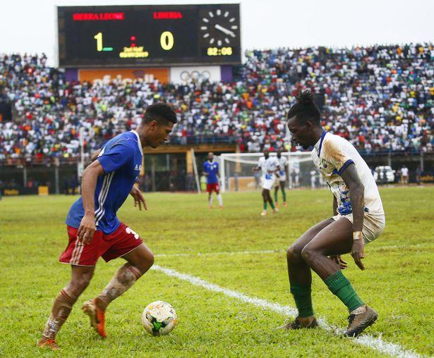 جانب من مباراة سيراليون وليبيريا
