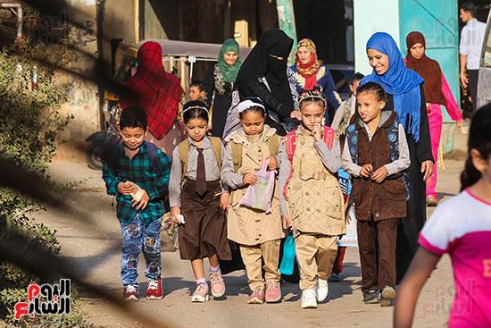 أول يوم مدارس في الارياف (4)