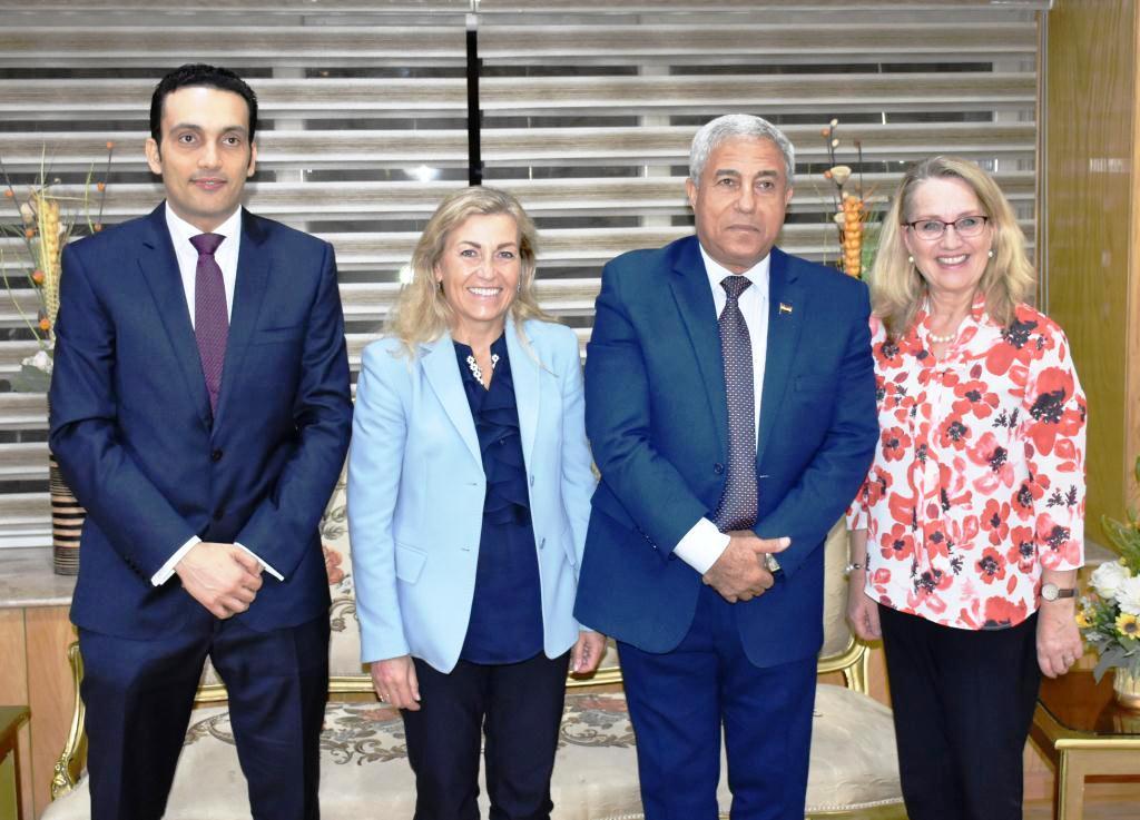 محافظ أسوان يستقبل سفيرة النرويج بالقاهرة (1)