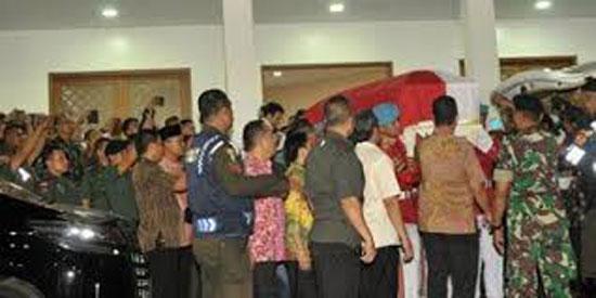 حمل-جثمان-الرئيس-الإندونيسى-الأسبق