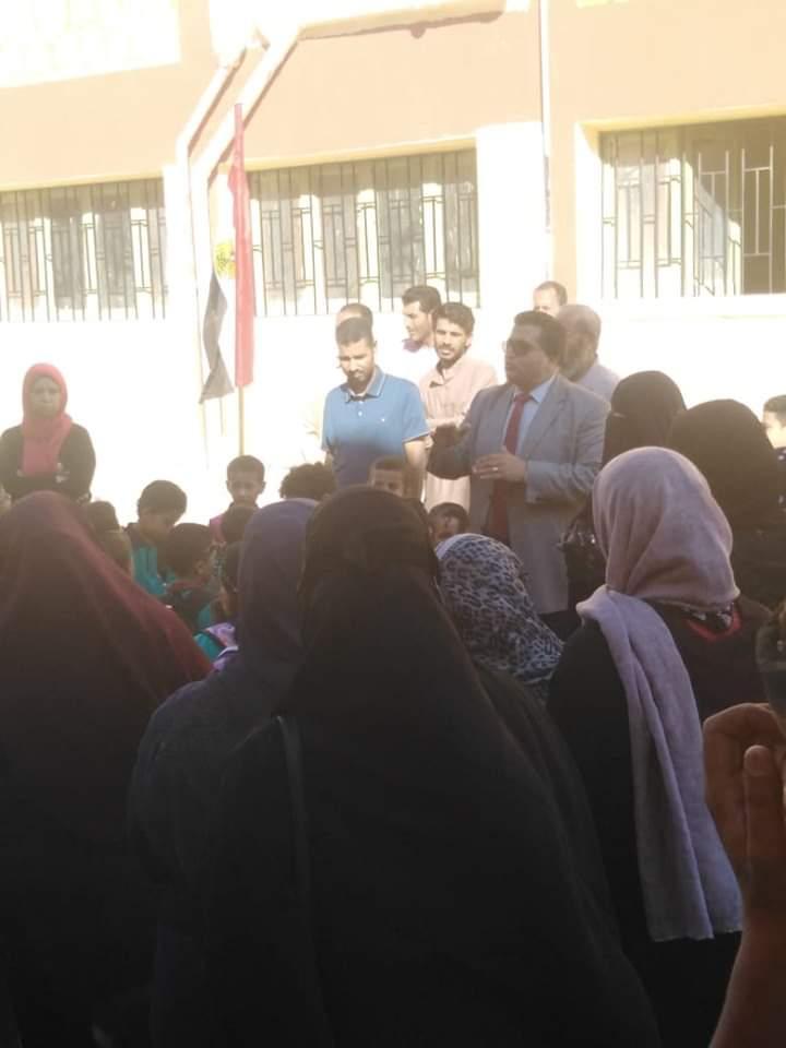 وكيل تعليم جنوب سيناء يتابع المدارس (2)